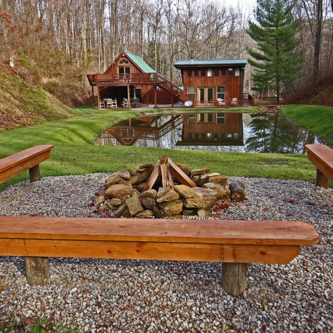 Exterior photo of Hidden Valley Cabin's fire pit.