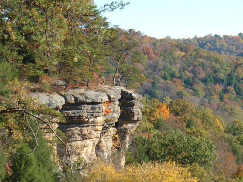 Photo of cliffs at Conkles Hollow.